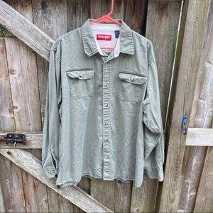 Wrangler green long sleeve button up shirt XL tall